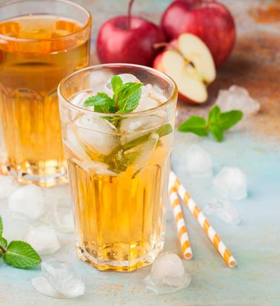 Variationer af drinken med smag af æble