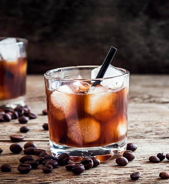 Cocktail med vodka og kaffelikør