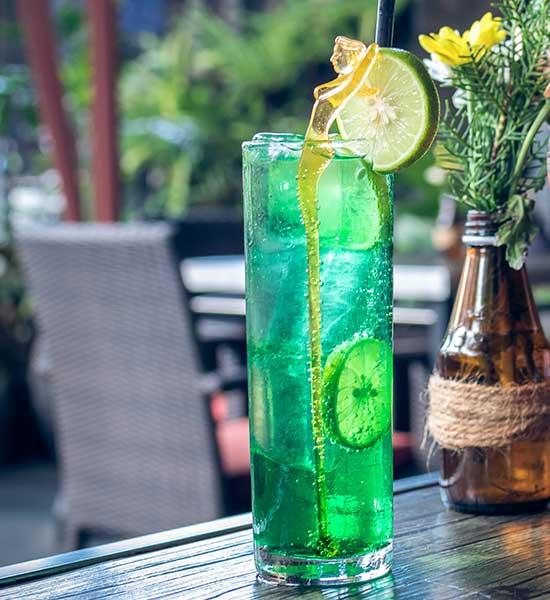 Grøn drink med lime