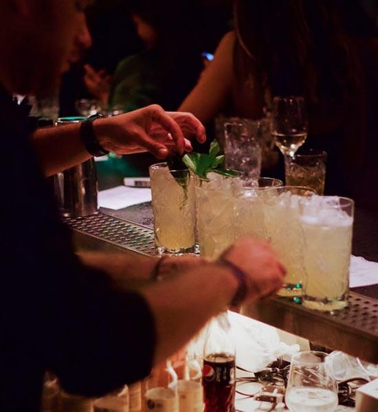 Cocktails ad libitum til firmafest