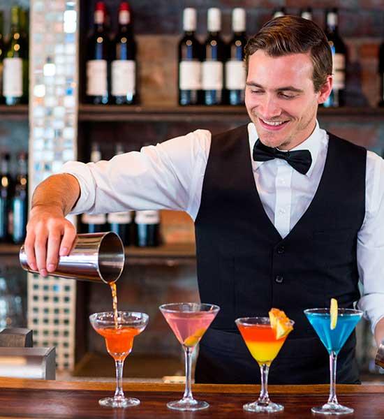 Lej en cocktailbar - Bartender til cocktailfest